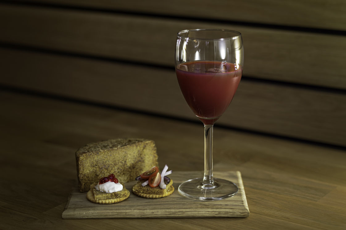 Gamalost (old cheese) and raspberry juice