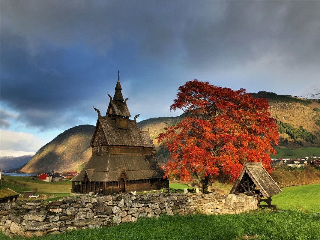 Hopperstad Stavechurch in fall